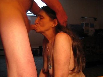 i got to get me my husbands cock in my mouth i love sucking