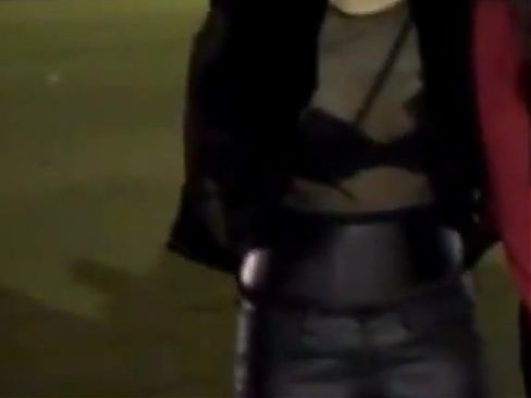 Jeongyeon Showing Off Her Black Bra For You