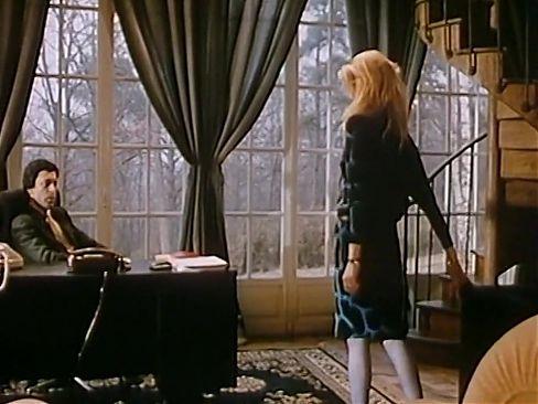 Jeunes femelles soumises et... salopes (1986)